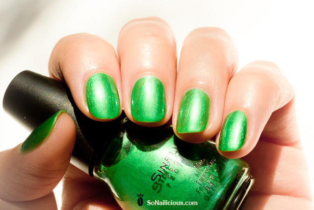 sinful colors emerald green HD nails