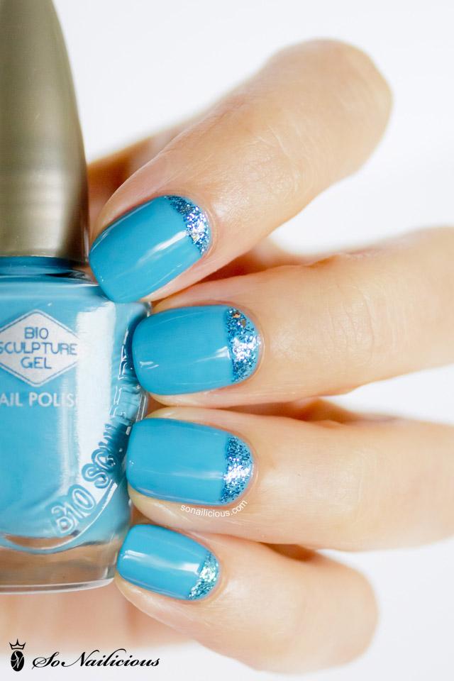 bio sculpture Aquacade blue nails