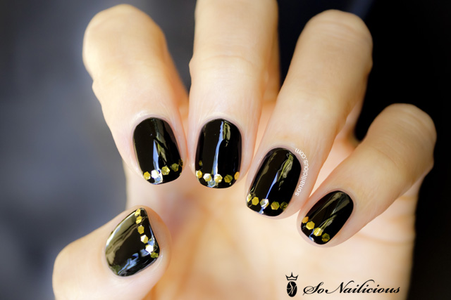 french manicure black and gold