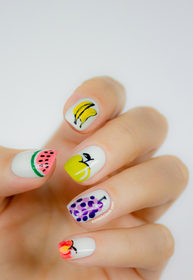 pretty banana summer nails