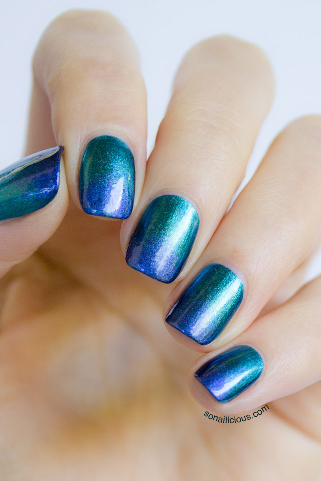 ombre emerald nails 1