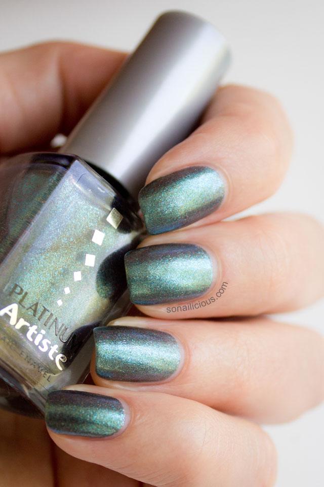 emerald glitter polish