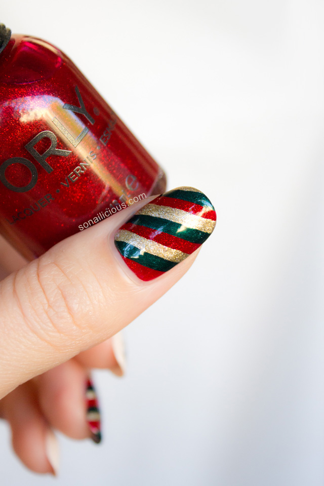 red and green christmas nail art tutorial