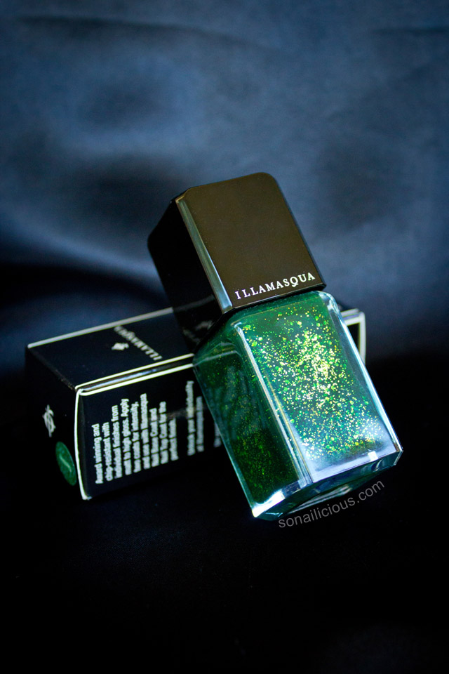 illamasqua destiny green nail polish swatches