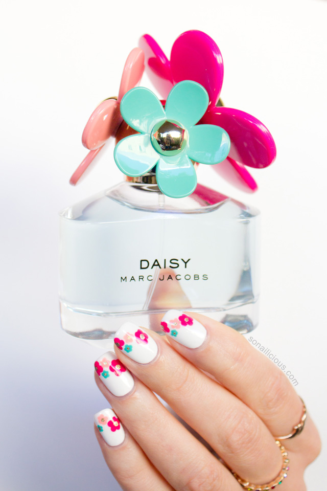 marc jacobs daisy flower