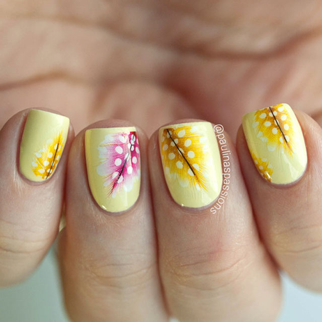 Spring nails with feathers