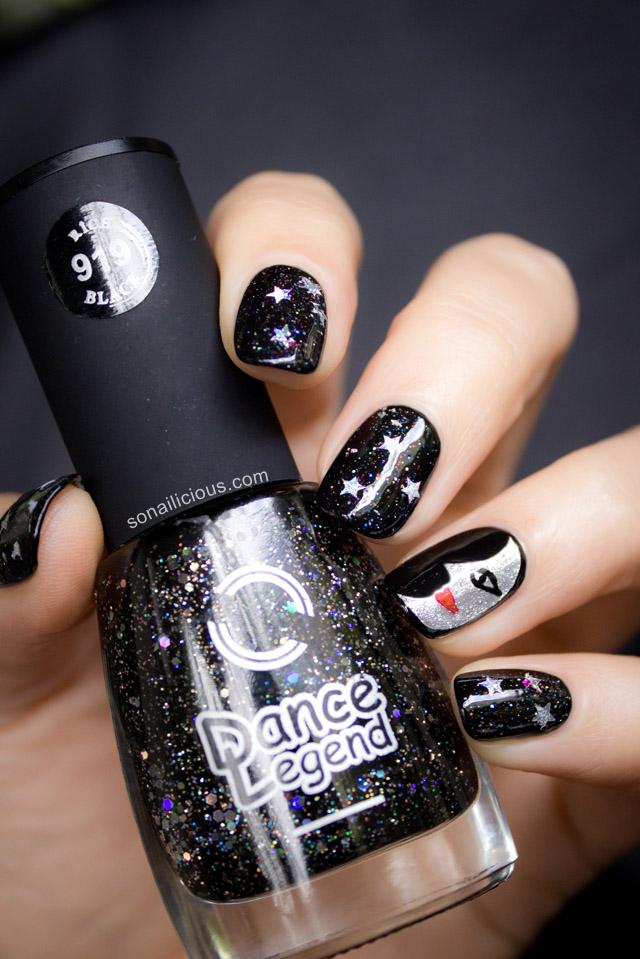 moon face nails
