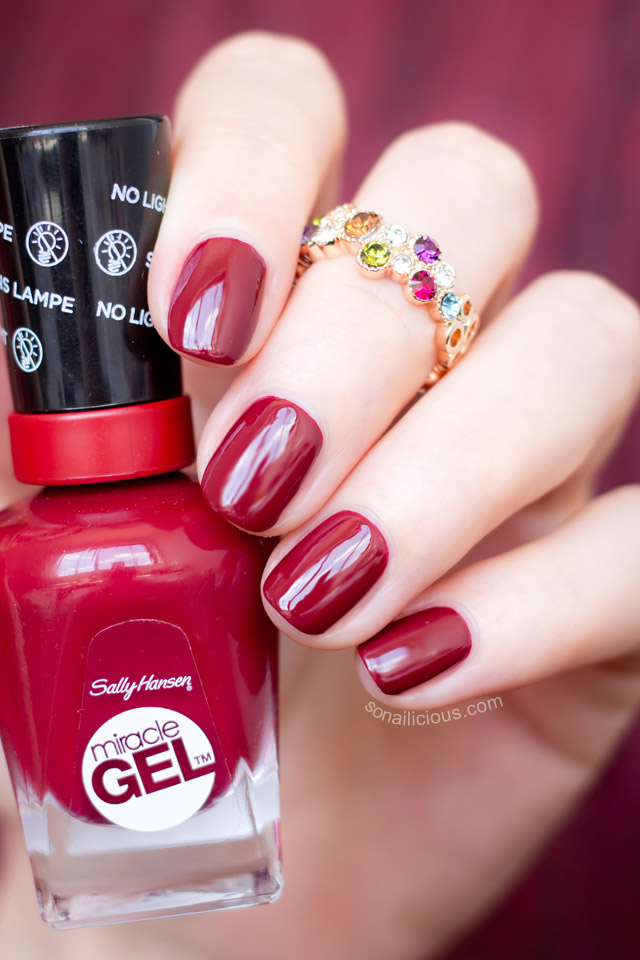 Sally Hansen miracle gel dig fig swatch