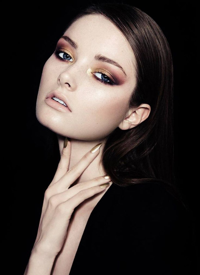 gold makeup idea