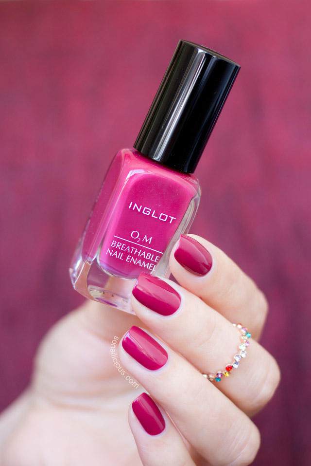 Inglot o2m breathable nail polish 689 swatch review