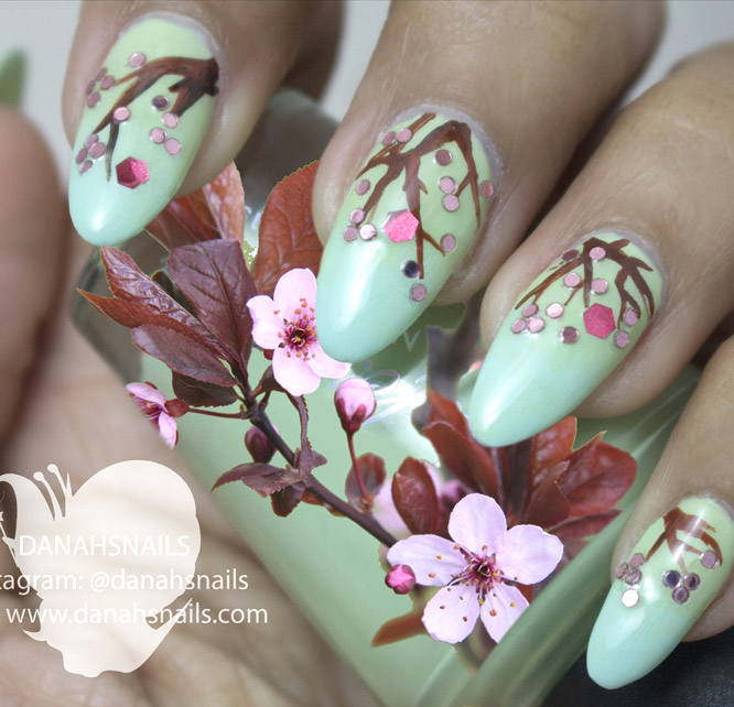 Sakura nails by Danah Alfares