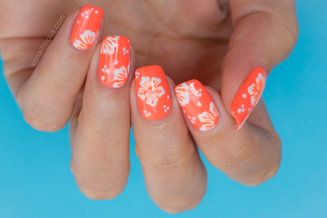 - Hawaiian Flower Nail Art Tutorial