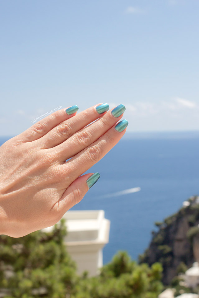 nails in Positano