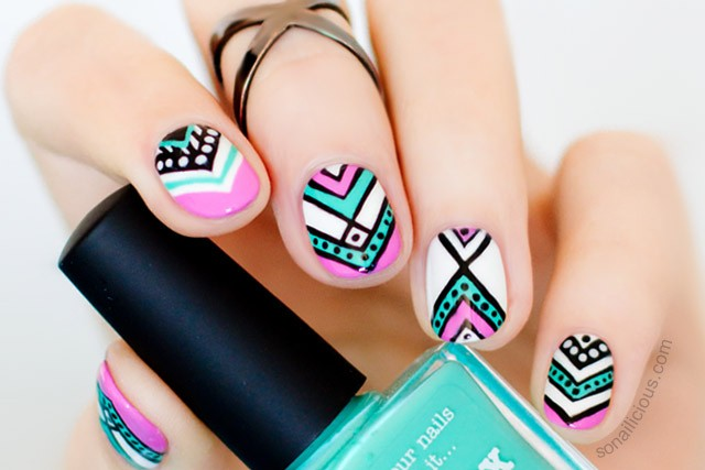 Aztec nail design for short nails