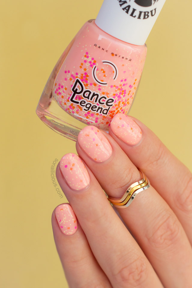 Summer nail polish, Dance Legend Pina Colada