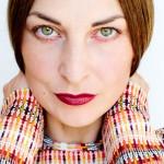Makeup Monday: The Perfect 90's Brown Lipstick