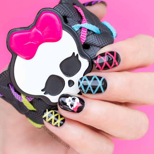 Cute Halloween Nails. Plus, How-To