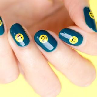 emoji nails