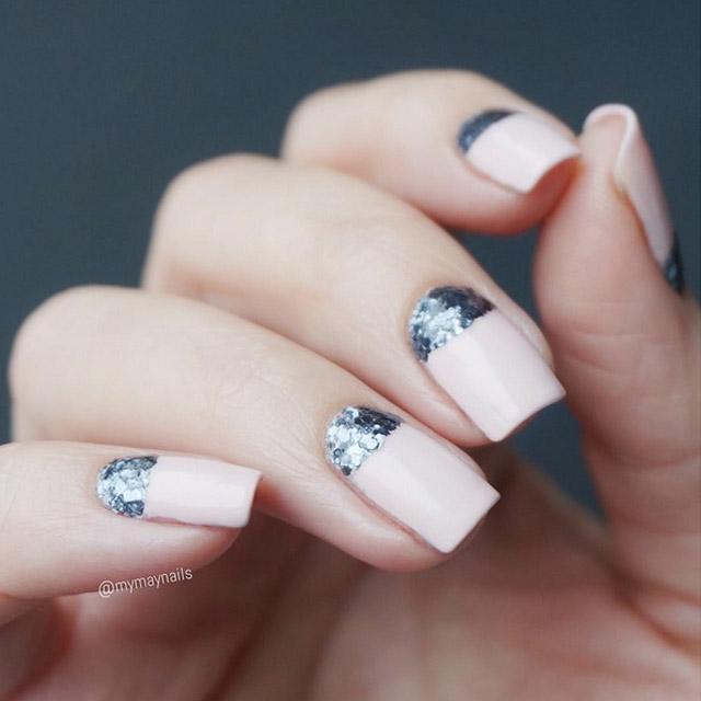 Elegant V-Day nails by @mymaynails