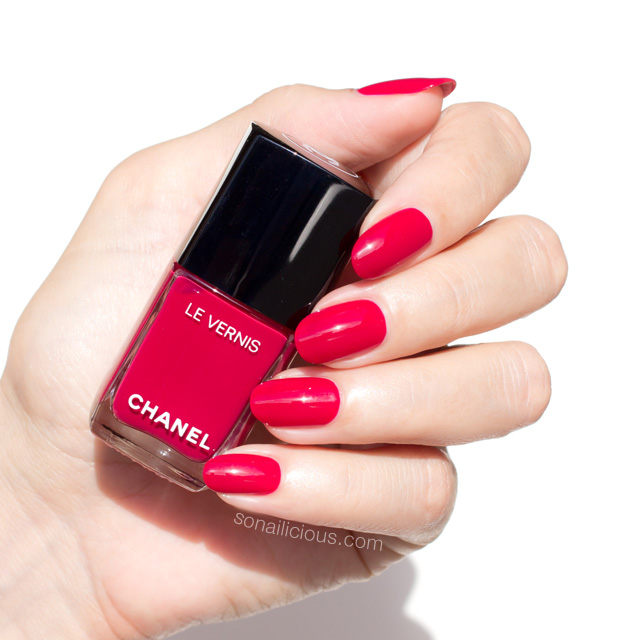 Chanel Shantung Swatch Swatches Le Vernis Polish Review New