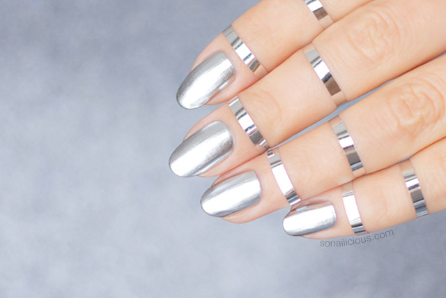 mirror nails, silver nails, fashion week australia