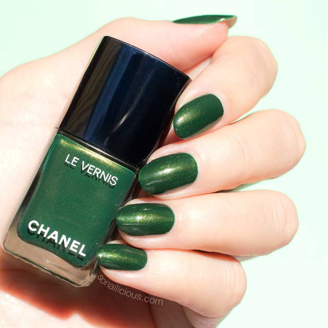 Chanel Emeraude & Chanel Cavaliere - Review and Swatches