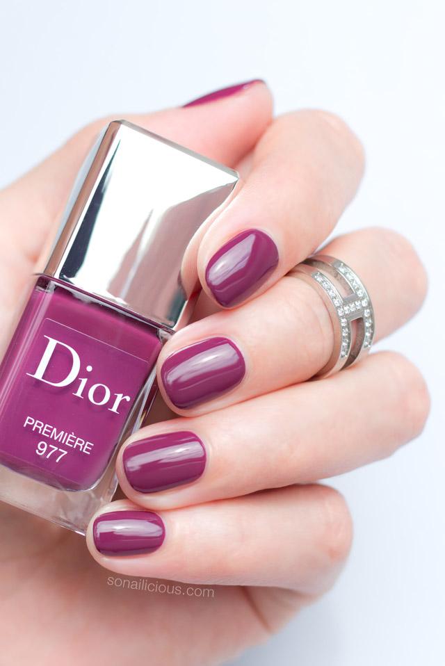 dior-premiere-dior-977-premiere-swatch