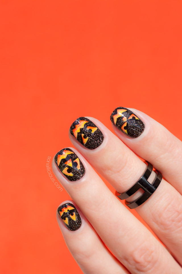 pumpkin nail art, halloween nails