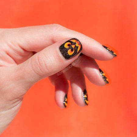 halloween-nails-pumpkin-nail-art-2 - SoNailicious