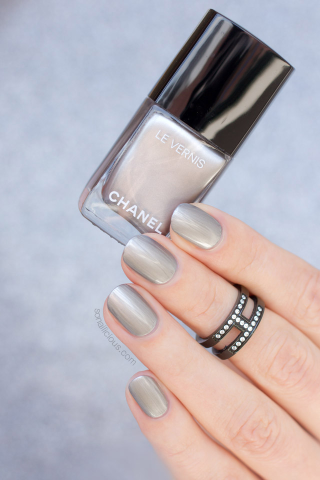 chanel liquid mirror swatches, review, chanel nail polish