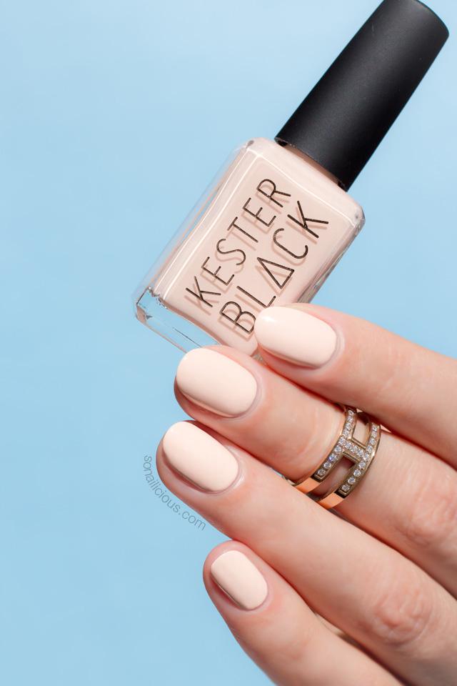 kester black blossom, light peach nails