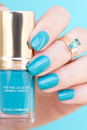DOLCE and GABBANA polish turquoise review, swatches