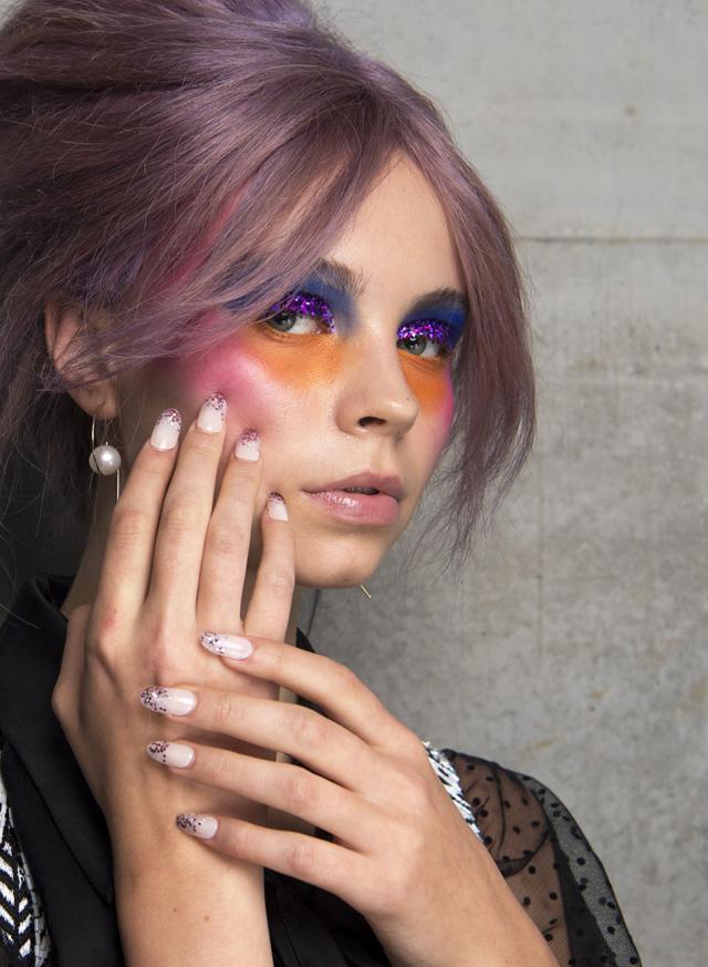 romance was born summer 2018, glitter eye makeup, glitter gradient nails