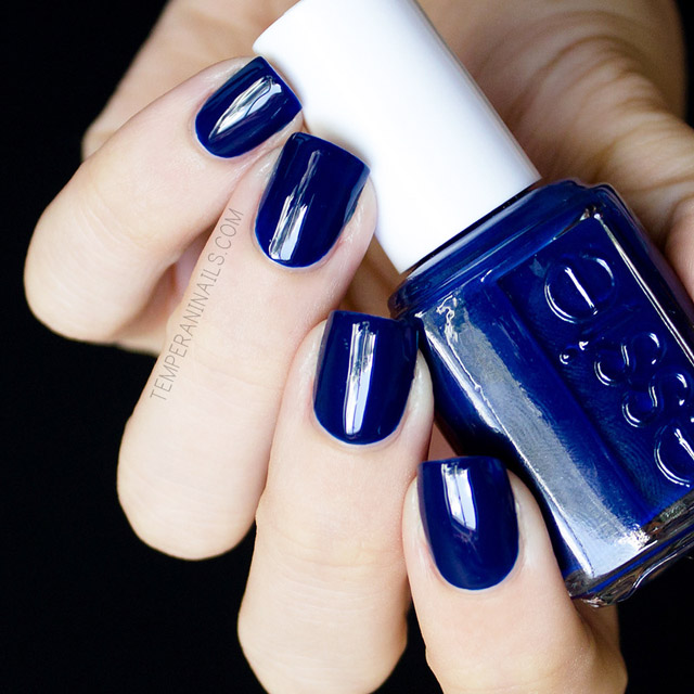 Blue Grey Nail Polish Essie: 5 Stunning Blue Polishes That Are Perfect For The 4th Of July