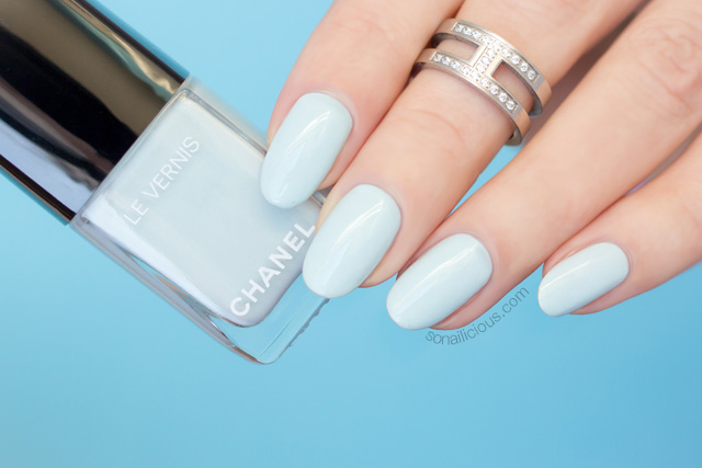 chanel bleu pastel swatch, chanel nail polish review, 10