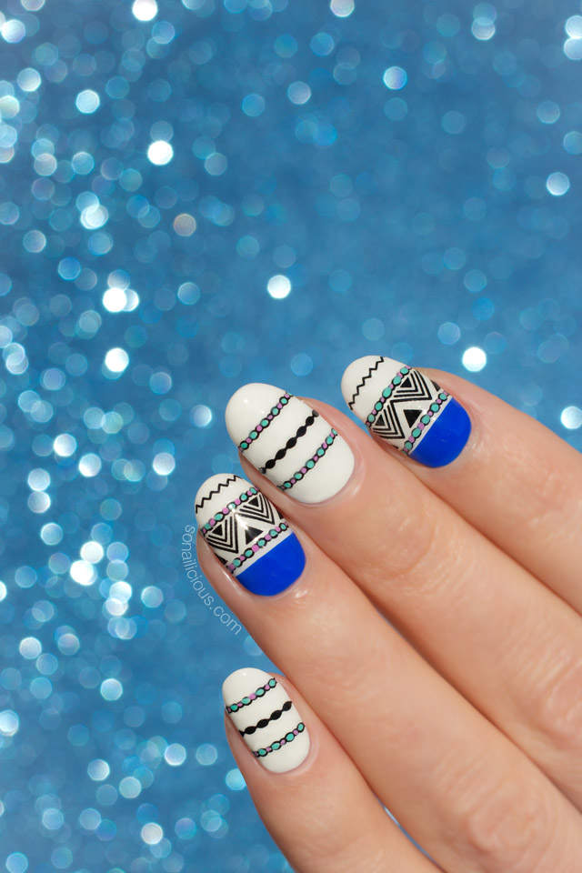 blue and white nails, gothic nails
