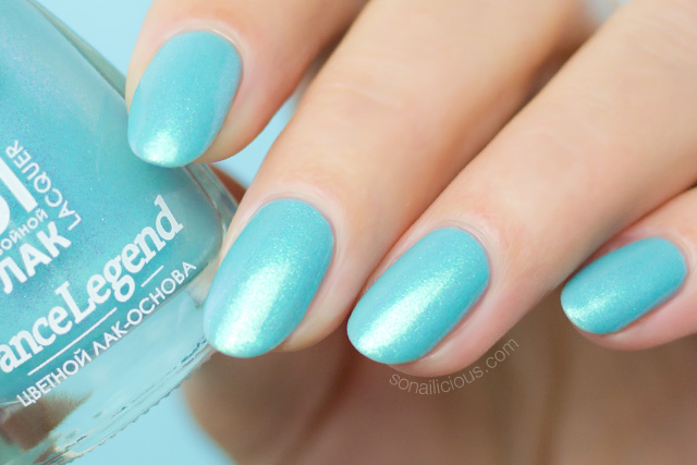 turquoise nail polish, dance legend linda