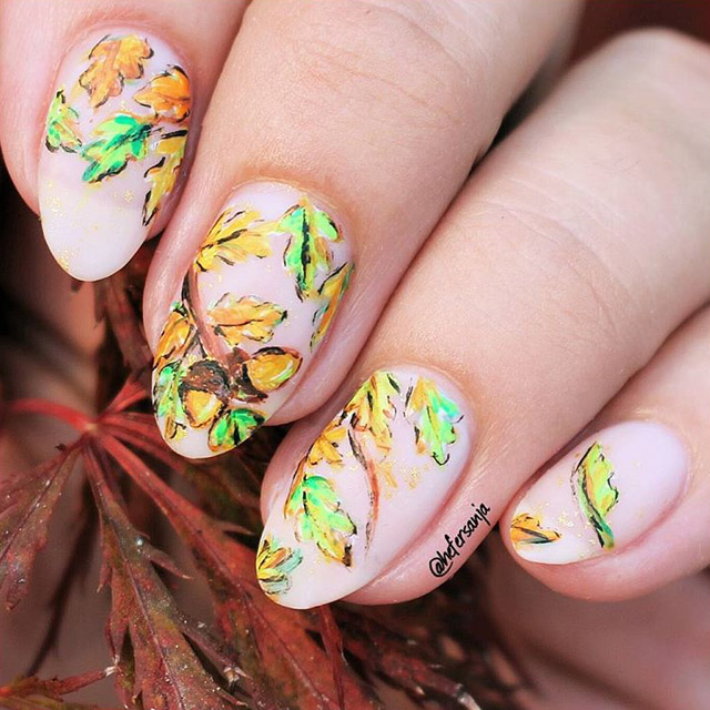 Autumn Oaks nails by @hefersanja
