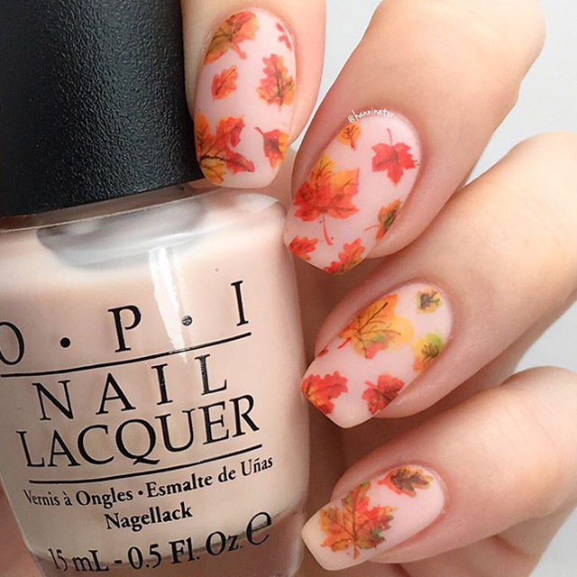Fall Leafs nail art by @hanninator - 16 Fabulous Fall Nail Art Ideas To Sweep Away The Autumn Blues