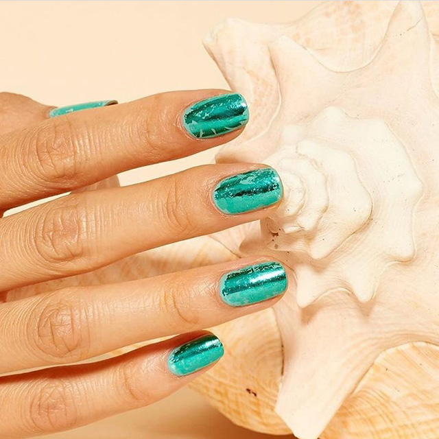 ocean blue nails, turquoise nails