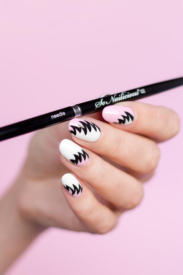 the best liner nail art brush