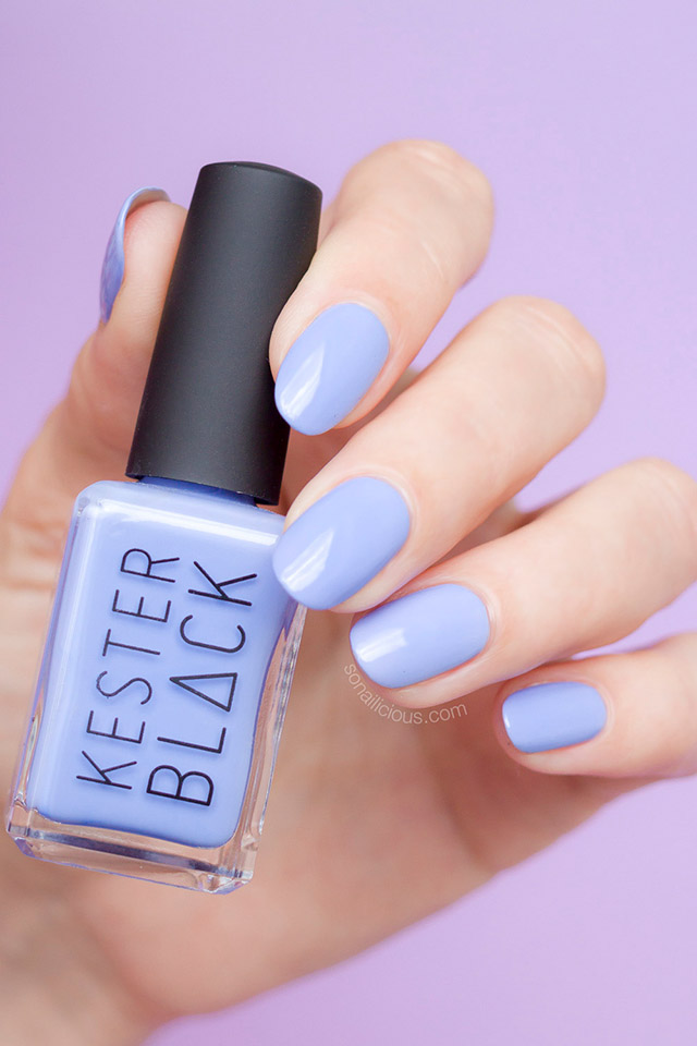 kester black aquarius, purple nails
