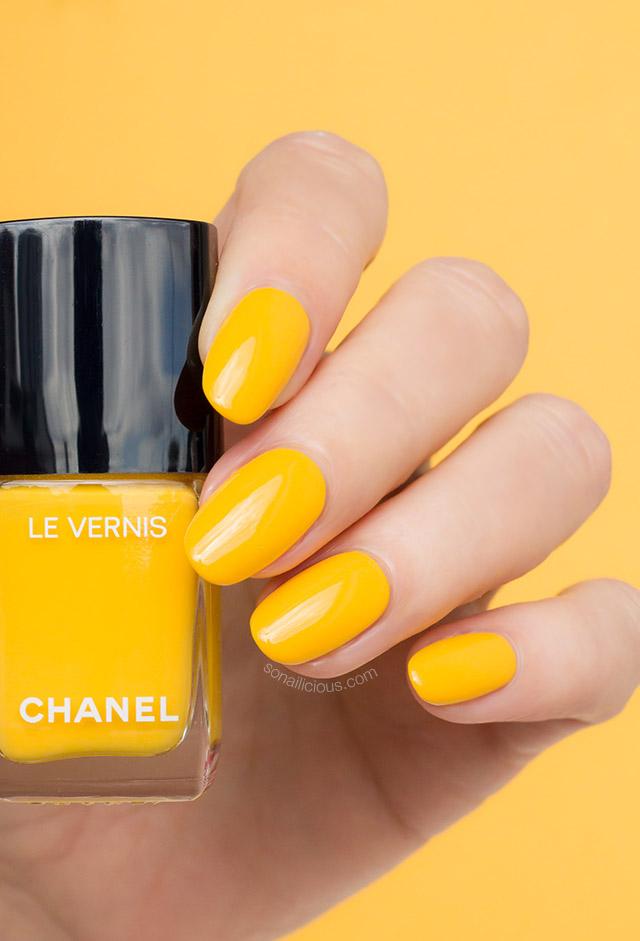 Spring Blooms with Chanel Nail Polish 592 Giallo Napoli
