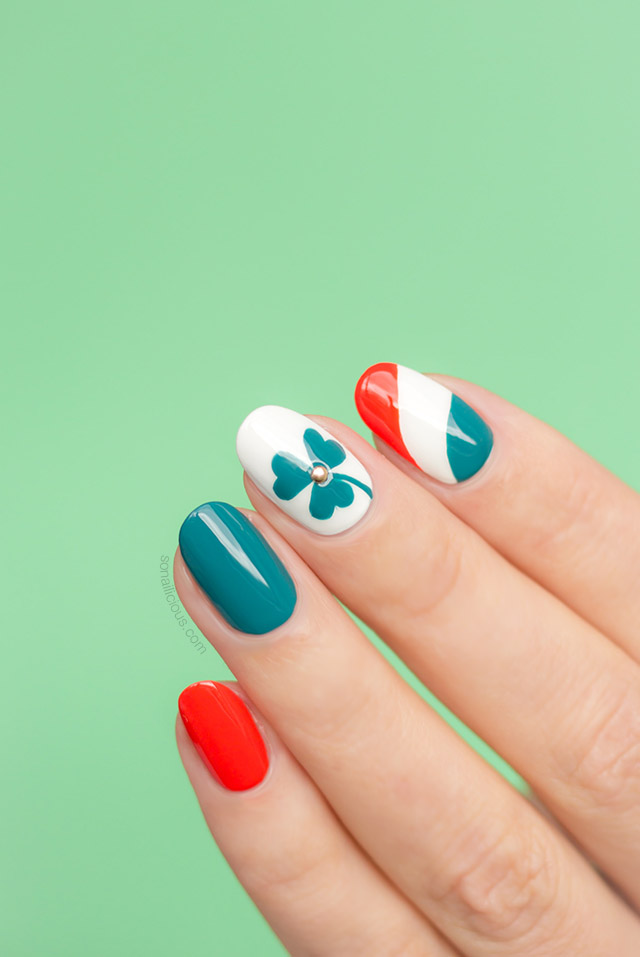 St Patrick\'s Day Shamrock Nail Art How To