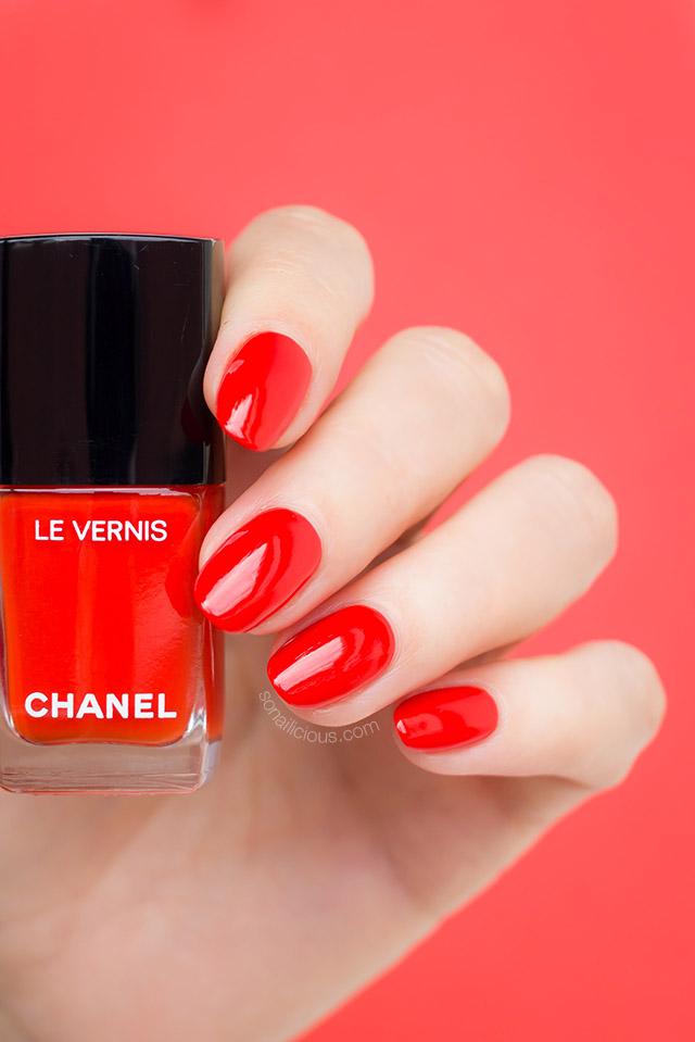 Chanel Arancio Vibrante orange red polish