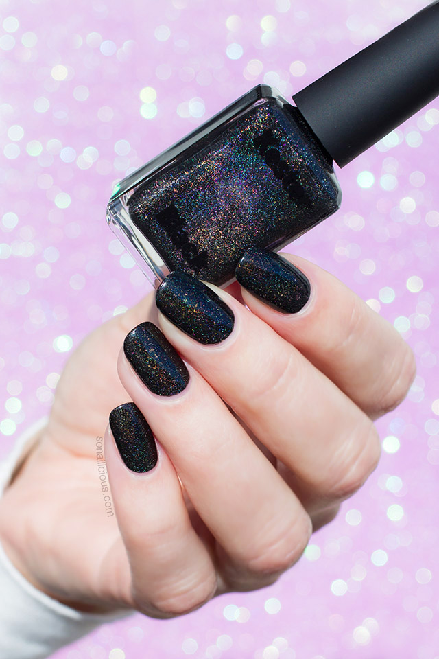 The Perfect Black Holographic Nail Polish Is Here Sonailicious
