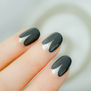 gothic moon nails