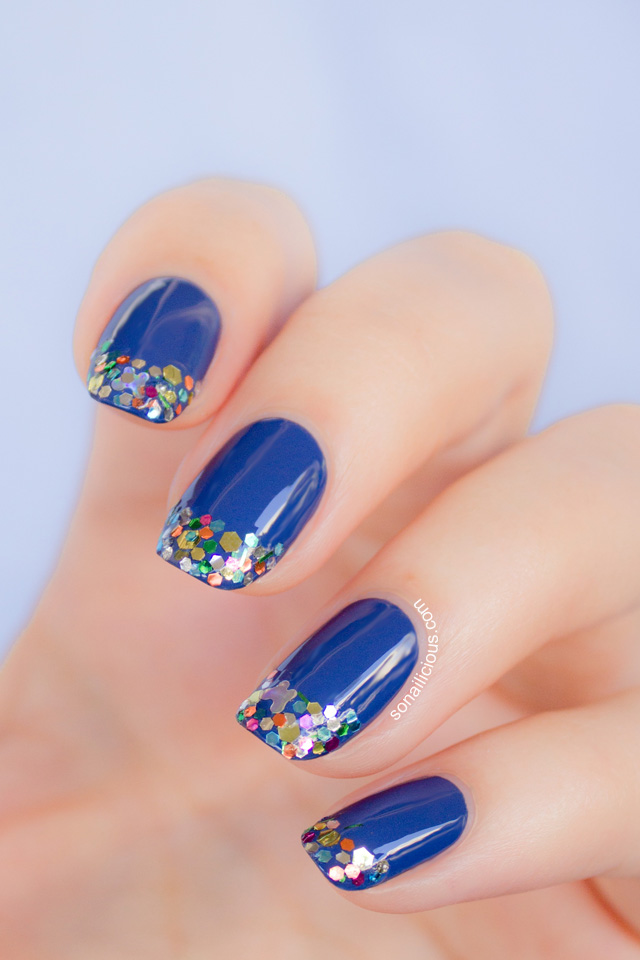 blue nails with glitter 1