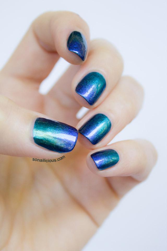 ombre emerald green nails