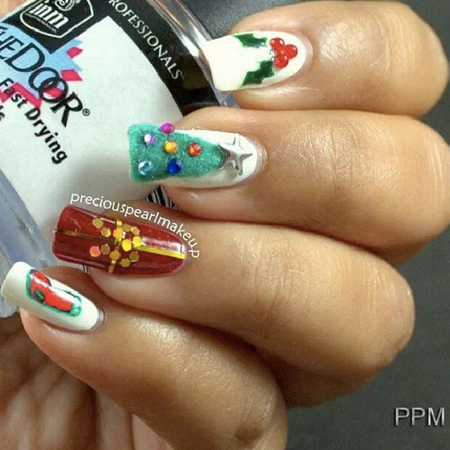 Christmas tradtions nails by @preciouspearlmakeup